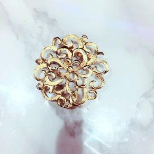 Gold Tone Floral Filigree Brooch